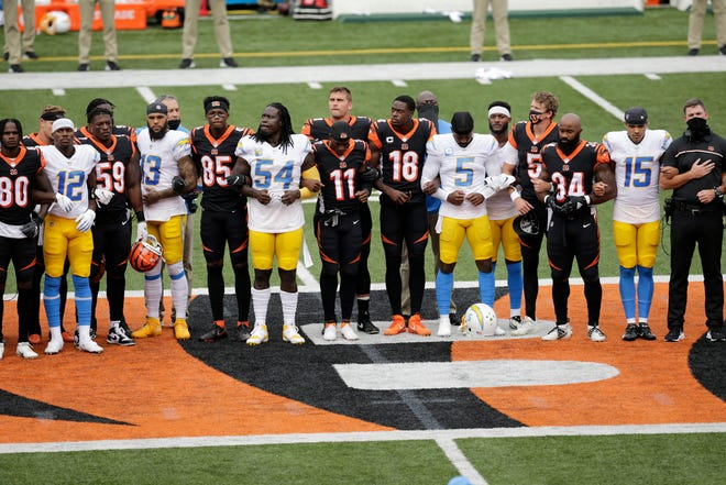 Opinion: Truth is, NFL thriving while players take action on social injustice